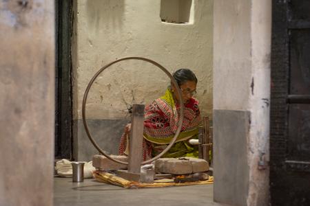 khadi is handspun and handwoven fabric