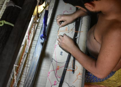 jamdani weaving is time and labour extensive